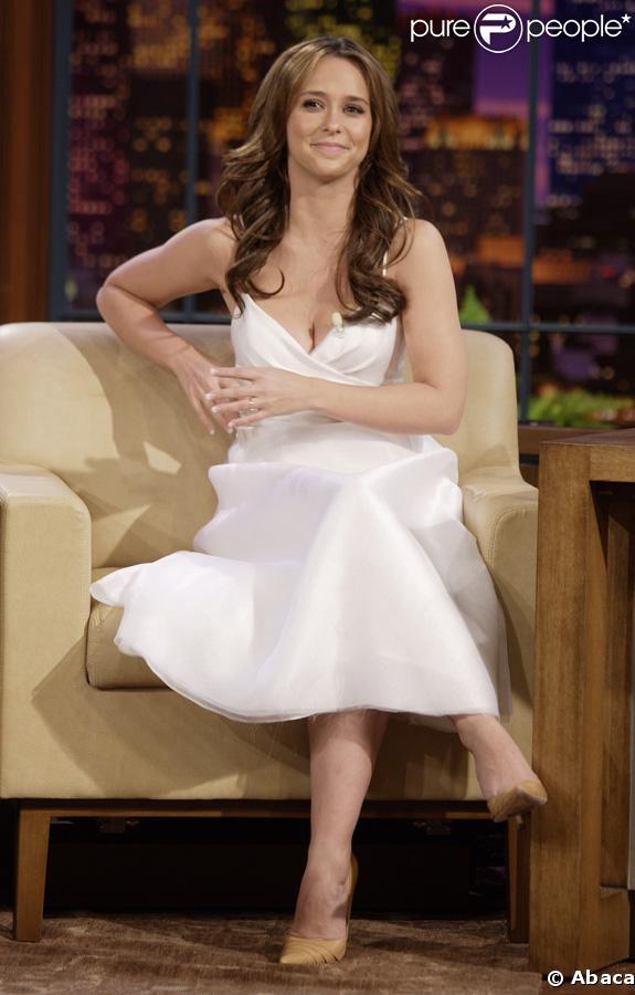 Jennifer Love Hewitt : jolie, mais pudique. Elle ne posera pas nue pour Playboy.