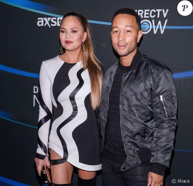 Chrissy Teigen et John Legend arrivent à la soirée DIRECTV NOW Super Saturday Night Super Bowl Party au Club Nomadic de Houston, le 4 février 2017