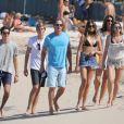 Exclusif - Cindy Crawford, Rande Gerber et leurs 2 enfants Kaia et Presley font la fête à la plage au Nikki Beach de Saint-Barthélémy le 30 décembre 2016
