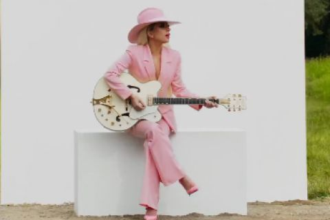 Lady Gaga : John Wayne des temps modernes inattendue !