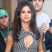 """Selena Gomez évoque son passage en rehab : """"C'était une période très difficile"""""""