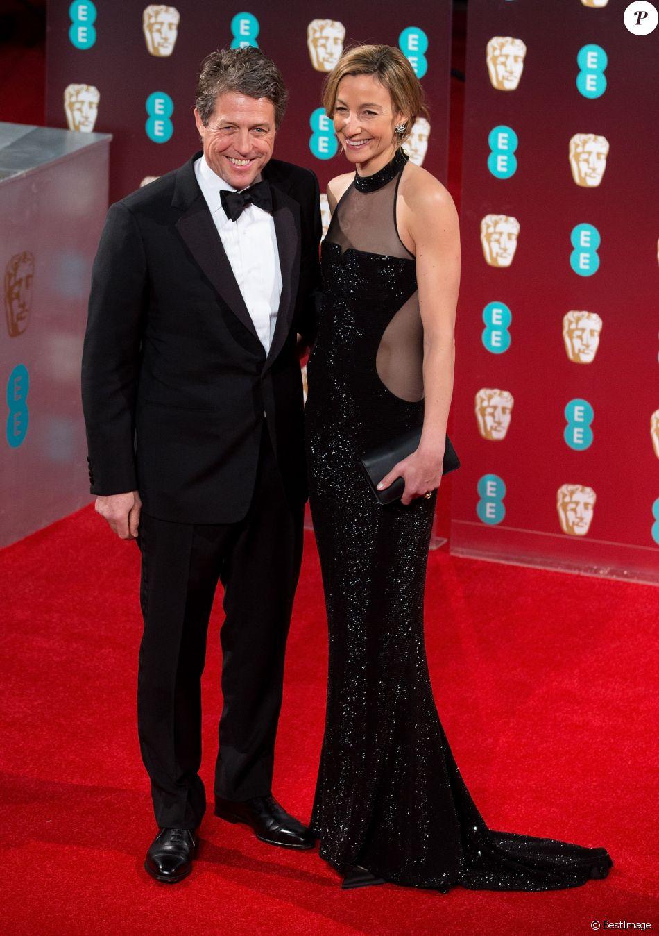 Hugh Grant et sa compagne Anna Elisabet Eberstein - Arrivée des people à la cérémonie des British Academy Film Awards (BAFTA) au Royal Albert Hall à Londres, le 12 février 2017.