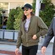 Adrien Brody avec les cheveux très longs se balade dans les rues de Beverly Hills, le 14 février 2017