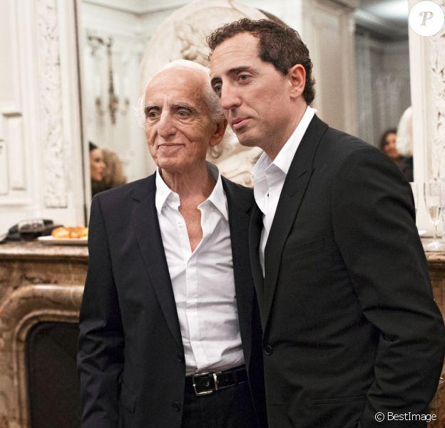 """Exclusif - Gad Elmaleh et son père David - Gad Elmaleh triomphe avec son spectacle """"Sans Tambour"""" à l'Opéra Garnier à Paris le 16 mars 2014."""