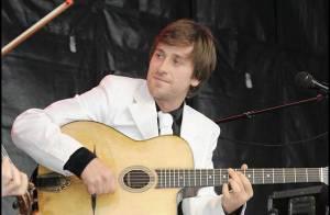 EXCLU : Le talentueux Thomas Dutronc fera bien partie des Enfoirés !