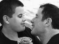 Découvrez les dernières photos personnelles de John Travolta avec son fils...