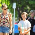 Kate Hudson fait du shopping avec son fils Ryder à Los Angeles, le 2 avril 2015