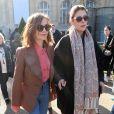 Isabelle Huppert et Marie-Agnès Gillot - Défilé Chloé, prêt-à-porter automne-hiver 2017/2018 au Grand Palais à Paris. Le 2 mars 2017.