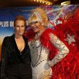 """Estelle Lefebure et guest lors de la générale de la comédie musicale """"Priscilla Folle du Désert"""" au Casino de Paris, le 1er mars 2017. © Marc Ausset-Lacroix/Bestimage"""