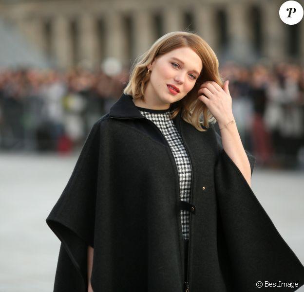 """Léa Seydoux au défilé de mode """"Louis Vuitton"""", collection prêt-à-porter Automne-Hiver 2017-2018 au Louvres à Paris, le 7 Mars 2017.© CVS/Veeren/Bestimage"""
