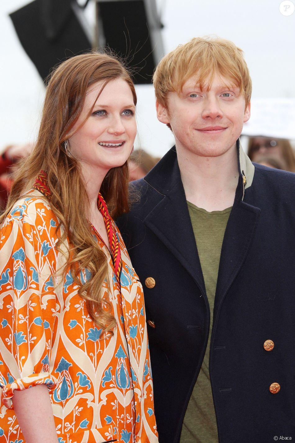 Bonnie Wright et Rupert Grint aux Warner Brothers Studios, Leavesden, Londres, le 31 mars 2012.