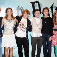 Tom Felton, Emma Watson, Rupert Grint, Daniel Radcliffe, Bonnie Wright et Jessie Cave à Londres en juillet 2009.