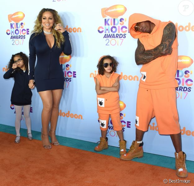 Mariah Carey, Nick Cannon et leurs enfants Morrocan et Monroe - Nickelodeon's 2017 Kids' Choice Awards à l'USC Galen Center à Los Angeles le 11 mars 2017.
