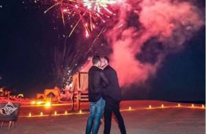Colton Haynes accepte la grandiose demande en mariage de son chéri !
