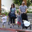 Exclusif - Megan Fox, son mari Brian Austin Green et leurs enfants Noah, Bodhi et Journey River Green à Los Angeles le 2 novembre 2016.