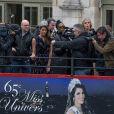 """Sylvie Tellier - Iris Mittenaere de retour à Lille, sa ville natale, après son sacre de Miss Univers 2016. Elle est arrivée par le train, a défilé dans un bus sur la rue principale et a terminé au balcon du journal """"La Voix du Nord"""", le 19 mars 2017. © Stéphane Vansteenkiste/Bestimage"""
