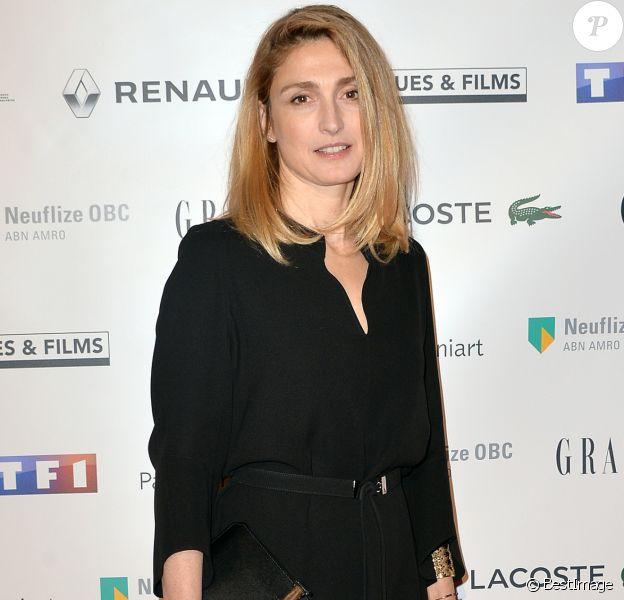 """Julie Gayet à la 24ème cérémonie des """"Trophées du Film Français"""" au Palais Brongniart à Paris, le 02 février 2017. © Ramsamy Veeren/Bestimage"""