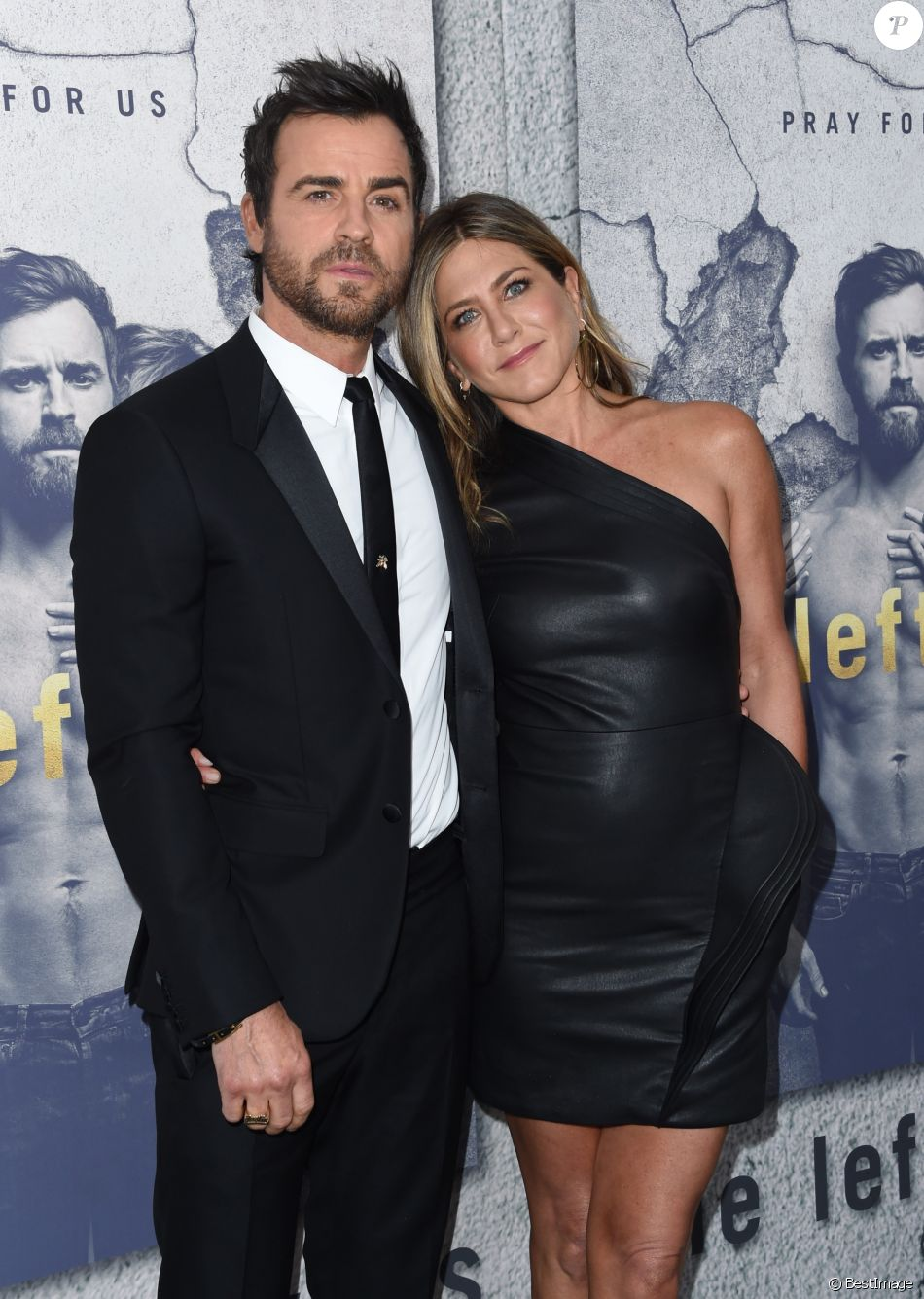 Justin Theroux et sa femme Jennifer Aniston à la première de la saison 3 de ''The Leftovers au Avalon Hollywood à Hollywood, le 4 avril 2017