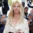"""Sandrine Kiberlain - Montée des marches du film """"La fille inconnue"""" lors du 69e Festival International du Film de Cannes. Le 18 mai 2016. © Borde-Jacovides-Moreau/Bestimage"""