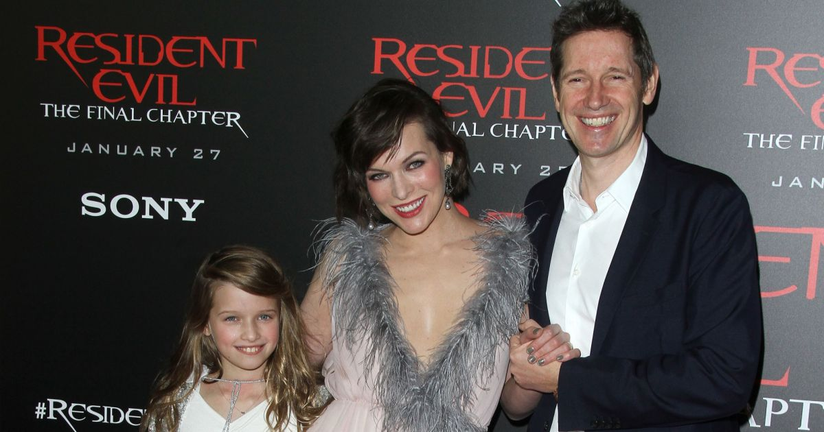 Resident Evil The Final Chapter 23: Milla Jovovich Avec Son Mari Paul W. S. Anderson Et Sa