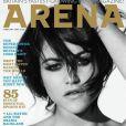 Jaime Winstone en couverture du numéro de Arena dans lequel on peut voir les très belles photos de Carice Van Houten