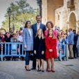 Le roi Felipe VI d'Espagne et son épous Letizia, leurs filles Leonor et Sofia et la reine Sofia ont assisté à la messe de Pâques en la cathédrale de Palma de Majorque, le 16 avril 2017