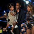 Blue Ivy, Jay-Z et Beyoncé sur la scène des MTV Video Music Awards le 24 août 2014