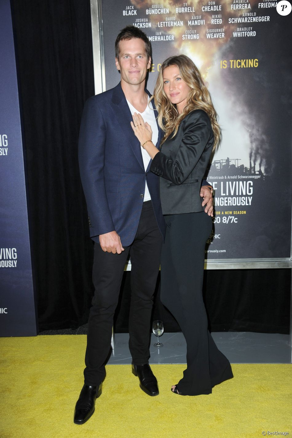 "Gisele Bündchen et son mari Tom Brady à la première de ""National Geographic's Years of Living Dangerously - Saison 2"" à New York, le 21 septembre 2016."
