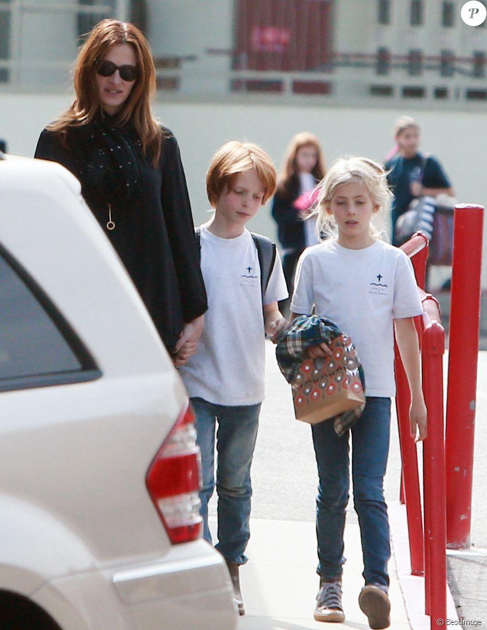 Джулия робертс и ее дети и муж фото 2018