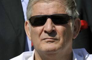 Bouleversant hommage de Patrick Sébastien aux obsèques de René Coll...