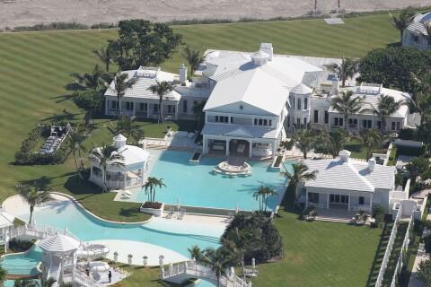 Céline Dion : Sa luxueuse villa enfin vendue malgré une grosse perte !