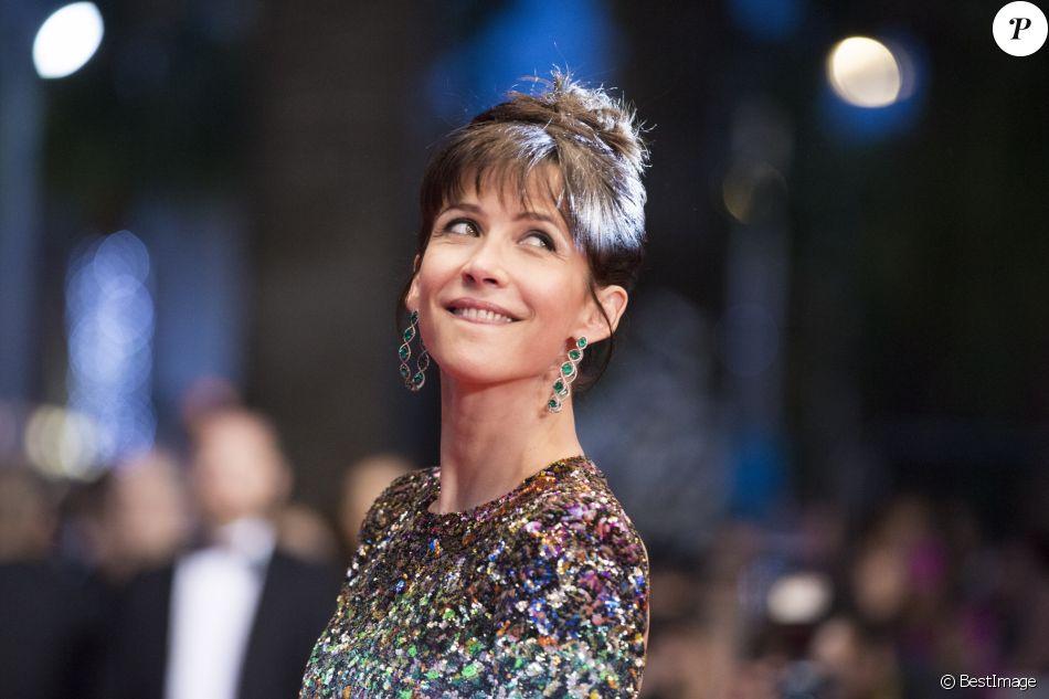 """Sophie Marceau - Montée des marches du film """"Shan He Gu Ren"""" (Mountains May Depart) lors du 68e Festival International du Film de Cannes, à Cannes le 20 mai 2015."""