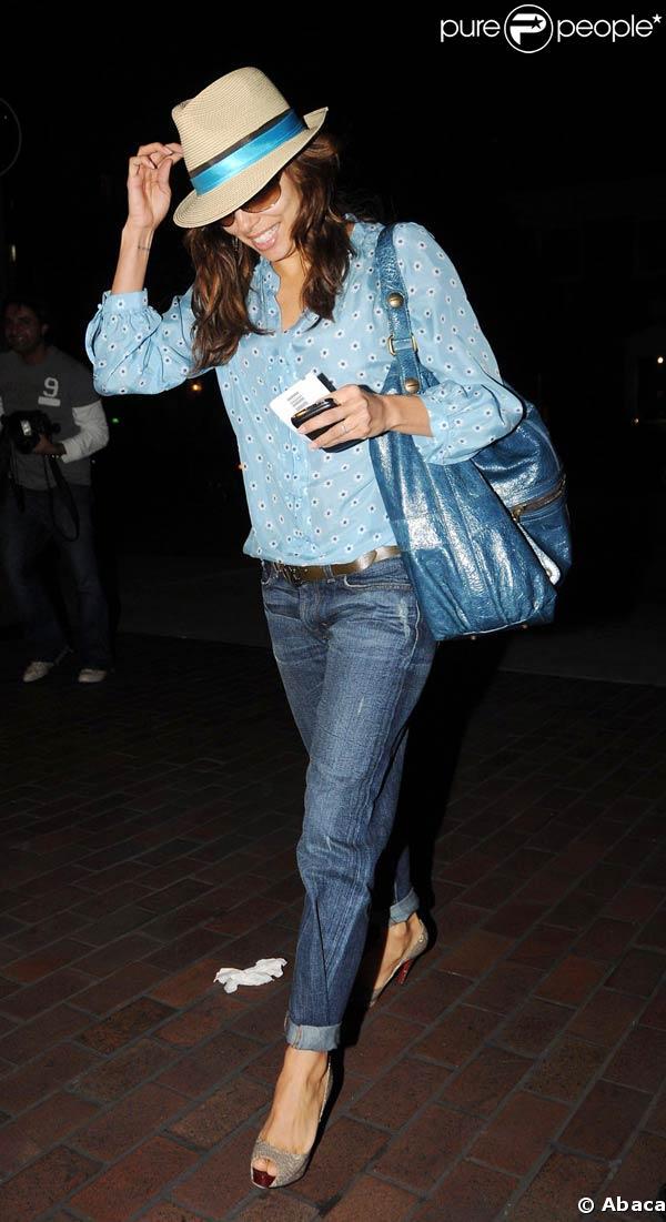 """Eva Longoria a le look """"farniente"""" ! 19/01/09"""