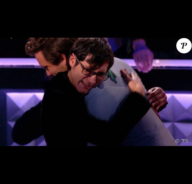 """Vincent Vinel en larmes dans """"The Voice 6"""" le 6 mai 2017 sur TF1."""