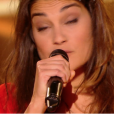"Julia Paul dans ""The Voice 6"" le 6 mai 2017 sur TF1."