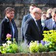 Le président élu Emmanuel Macron, Jean-Yves Le Drian, sa femme Maria Vadillo  - Obsèques de Corinne Erhel députée socialiste et conseillère régionale en l'église Saint-Jean-du-Baly à Lannion, le 10 mai 2017. Corinne Erhel est décédée le 5 mai lors d'un meeting du mouvement En Marche!.