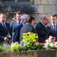 Le président élu Emmanuel Macron, Jean-Yves Le Drian, sa femme Maria Vadillo et Claude Bartolone - Obsèques de Corinne Erhel députée socialiste et conseillère régionale en l'église Saint-Jean-du-Baly à Lannion, le 10 mai 2017. Corinne Erhel est décédée le 5 mai lors d'un meeting du mouvement En Marche!.