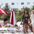 Priyanka Chopra sur la plage de Miami le 12 mai 2017.