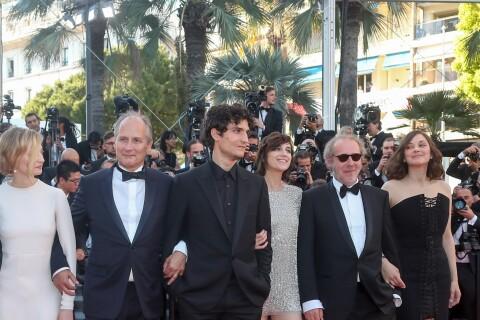 Charlotte Gainsbourg et Marion Cotillard, duo aux jambes interminables à Cannes