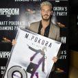 """Exclusif - Matt Pokora (M. Pokora) reçoit son disque de diamant (500.000 albums) au restaurant la """"Gioia"""" à Paris, le 10 mai 2017."""