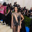 "Kendall Jenner - Photocall du MET 2017 Costume Institute Gala sur le thème de ""Rei Kawakubo/Comme des Garçons: Art Of The In-Between"" à New York. Le 1er mai 2017 © Christopher Smith / Zuma Press / Bestimage 01/05/2017 - New York"