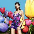 Kendall Jenner figure sur la nouvelle campagne publicitaire de La Perla, pré-collection automne 2017.