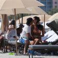 Exclusif - Arnaud Lagardère avec sa femme Jade Foret et leurs enfants Liva, Mila et Emery se relaxent sur une plage de Miami le 9 avril 2017.
