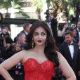 """Aishwarya Rai, portant une robe Ralph & Russo - Montée des marches du film """"120 battements par minute"""" lors du 70ème Festival International du Film de Cannes. Le 20 mai 2017. © Borde-Jacovides-Moreau / Bestimage"""