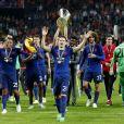 Le Manchester United de Paul Pogba, Jose Mourinho, Wayne Rooney et Zlatan Ibrahimovic a remporté la finale de l'Europa League le 24 mai 2017 à la Friends Arena de Stockholm. Un succès dédié aux victimes de l'attentat perpétré deux jours plus tôt à la fin d'un concert d'Ariana Grande à Manchester.