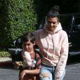 Kourtney Kardashian accompagne son fils Mason Disick à l'école à Woodland Hills, le 16 mai 2017
