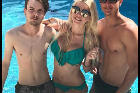 Jessica Thivenin s'affiche avec ses deux frères : Ils sont super mignons !