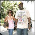 Michael Clarke Duncan et une amie se rendent au stade de Los Angeles pour voir un match de basket. 25/01/09