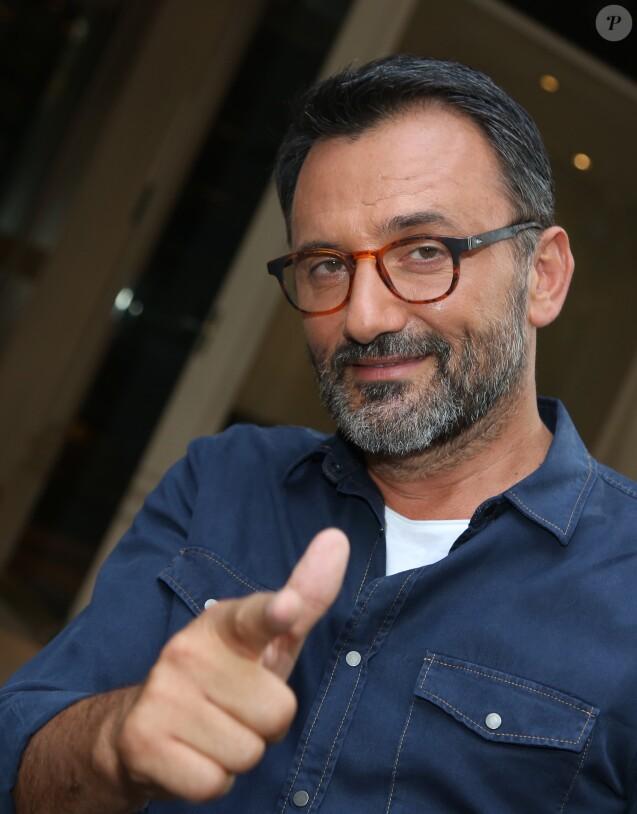 Exclusif - Frédéric Lopez arrive pour l'enregistrement d'une émission tv au studio Gabriel. Paris, le 14 septembre 2016.