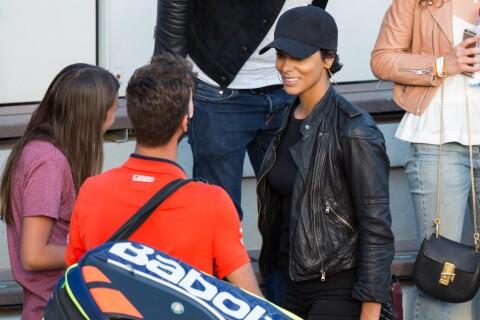 Shy'm : Souriante avec Benoît Paire à Roland-Garros, pour la fin de l'aventure